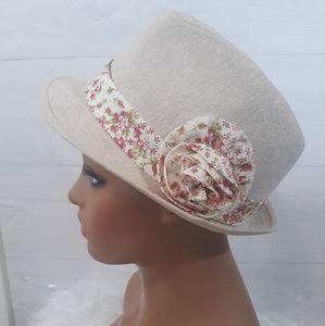 Linen blend rosette hat